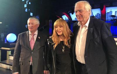 """Создатели группы ABBA могут посетить показ мюзикла """"Шахматы"""" в Москве"""