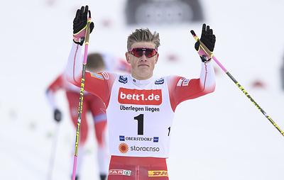 """Норвежский лыжник Клебо выиграл спринт на многодневке """"Ски Тур"""""""