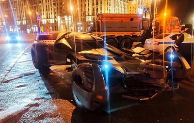 """На западе Москвы полиция задержала """"бэтмобиль"""""""