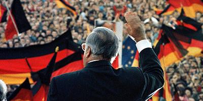 Уговорил Горбачева объединить Германию. 90 лет с дня рождения Гельмута Коля