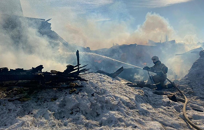 В Свердловской области ликвидировали открытое горение двух частных жилых домов