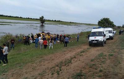 Под Астраханью опрокинулась маршрутка с пассажирами