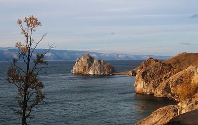 Две туристические тропы на мысе Бурхан на Байкале закроют для посещений