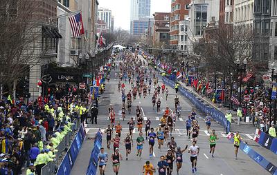 Бостонский марафон отменен впервые за 124-летнюю историю