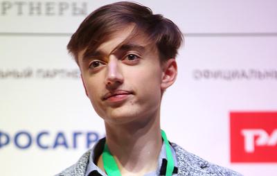 Российский шахматист Дубов выиграл онлайн-турнир по быстрым шахматам