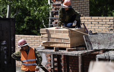 Власти Якутии планируют построить около 100 домов по пилотному проекту развития ИЖС