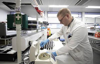 Первая фаза испытаний вакцины от коронавируса компании Moderna дала позитивные результаты