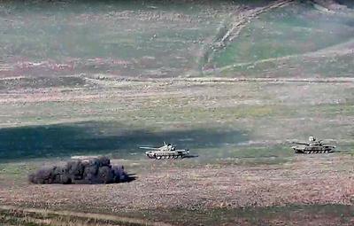 В Минобороны Армении сообщили, что бои в Нагорном Карабахе продолжаются