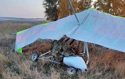 Легкомоторный самолет совершил жесткую посадку под Самарой
