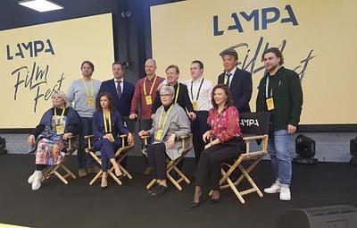 """Обладателей спецпризов международного кинофестиваля """"Лампа"""" впервые наградили деньгами"""