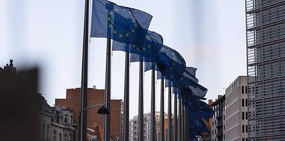 ЕС признал вторую волну пандемии и неизбежность продолжительных санитарных мер