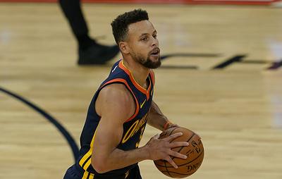 """Игрок """"Голден Стэйт"""" Стефен Карри вышел на второе место по числу трехочковых в истории НБА"""