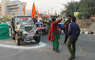 Около 100 человек пострадали в Нью-Дели в ходе протестов фермеров