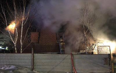 Один ребенок погиб при пожаре в частном доме в Челябинской области
