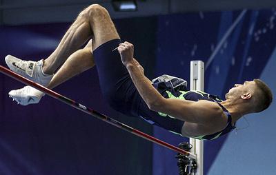 Акименко выиграл зимний Кубок Москвы по прыжкам в высоту под музыку