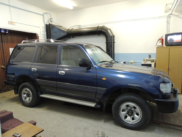 Служебный внедорожник 1996 года, который выставлен на торги, возил первого заместителя главы администрации городского округа Краснотурьинск