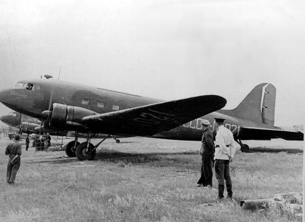 """Самолет """"Ли-2"""""""