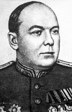 Степанов Георгий Алексеевич- начальник войск НКВД по охране тыла Ленинградской области.
