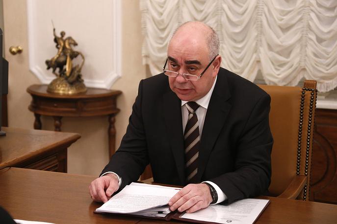 Министр здравоохранения Аркадий Белявский во время встречи с губернатором Свердловской области