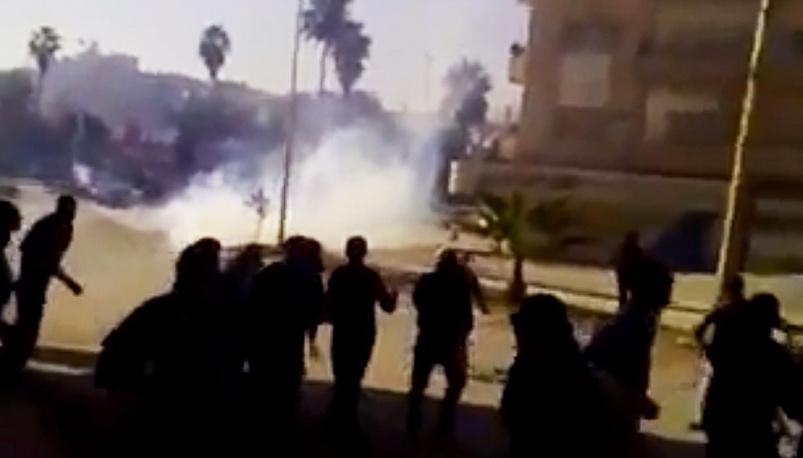 22 апреля 2011 г. полиция применила оружие и слезоточивый газ в ходе разгона манифестаций в провинциях Хомс и Хама. В стране началось вооруженное противостояние между правительственными войсками и оппозицией.