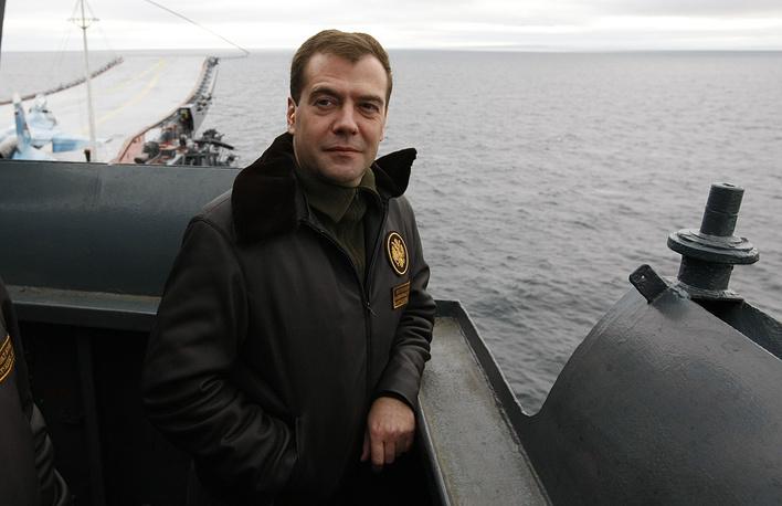 С 7 мая 2008 года по 7 мая 2012 года должность Верховного Главнокомандующего занимал Дмитрий Медведев