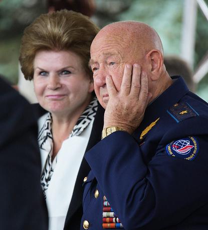Космонавты Валентина Терешкова и Алексей Леонов. 2010 год