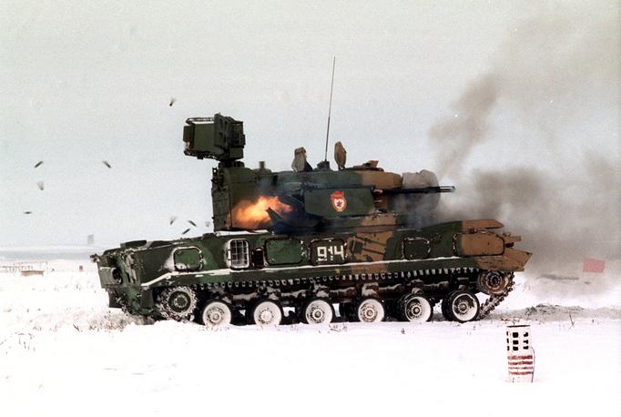 """Зенитный пушечно-ракетный комплекс """"Тунгуска"""""""