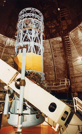 7. Обсерватория Маунт-Уилсон (Mount Wilson Observatory). Около 40 лет Маунт-Уилсон оставалась главной мировой обсерваторией. Здесь были разработаны спектральный анализ и классификация звезд, ставшие фундаментом современной астрономии. На фото: 100-дюймовый телескоп Хокера, Калифорния, США