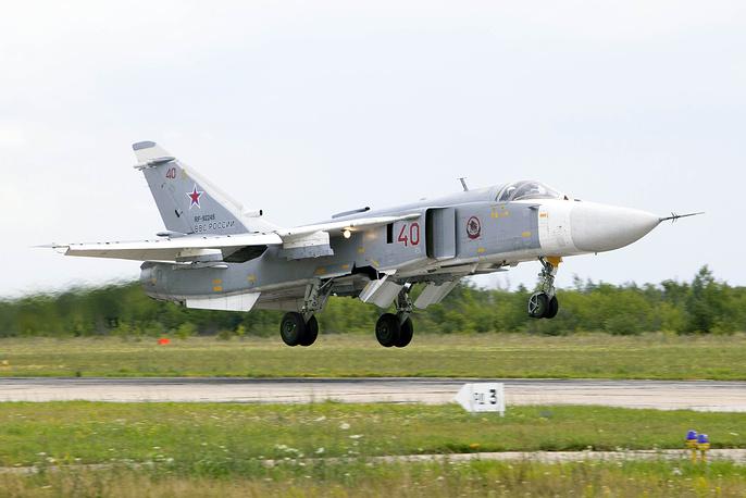 Самолеты Су-24