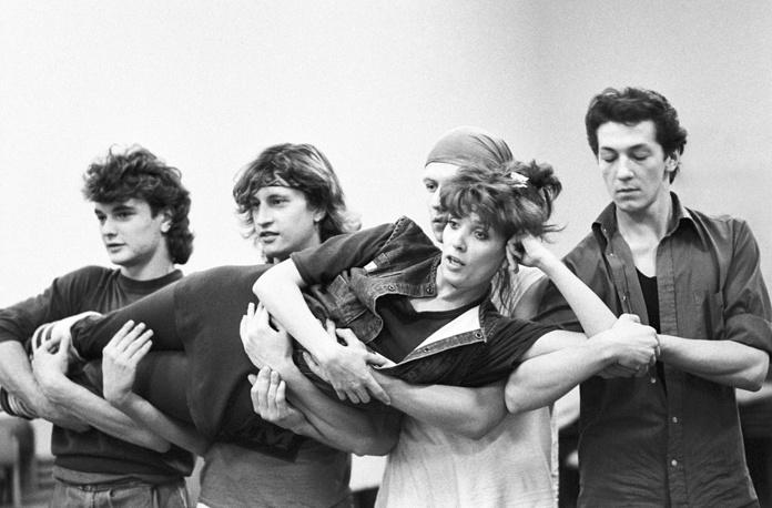 В 1987 году после телевизионной трансляции концерта Лайма Вайкуле получила всесоюзную известность. На фото: Лайма Вайкуле во время репетиции, 1988 год
