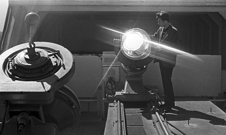 Горизонтально-солнечный телескоп в Главной астрономической обсерватории Академии наук, 1974 год