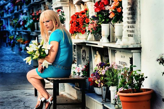 """Режиссер фильма - участника основного конкурса ММКФ """"Все включено"""" Дорис Дерри сняла свой первый художественный фильм """"Прямо в сердце"""" в 1983 году. Ее следующий фильм """"Мужчины"""" (1985) удостоился награды немецкой киноакадемии за лучший сценарий. Всего на счету немецкого режиссера более 25 картин"""