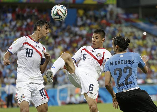 Главным открытием первого круга группового этапа стала сборная Коста-Рики, которая, первой пропустив от Уругвая, в итоге победила со счетом 3:1