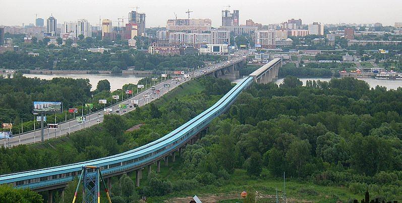 Мост успешно функционирует по сей день, его лишь приходится периодически перекрашивать