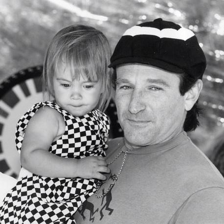 Две недели назад актер опубликовал фотографию с дочерью Зельдой от второй супруги - продюсера Марши Грасес. 31 июля Зельде исполнилось 25 лет
