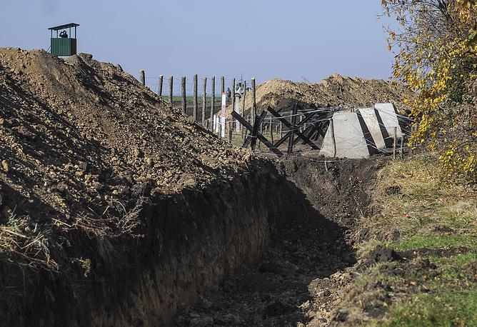 """Проект """"Стена"""" уже вызвал критику на Украине. В частности, лидер партии """"Батькивщина"""" Юлия Тимошенко заявила, что этот проект не сможет быть эффективным"""