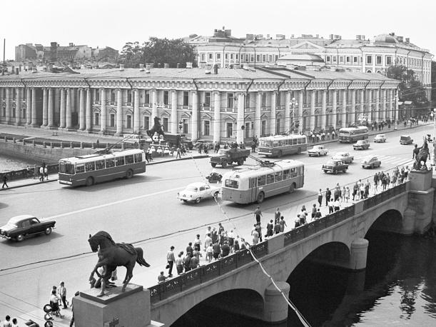 Невский проспект. Вид на Дворец пионеров имени А.А.Жданова, 1967 год