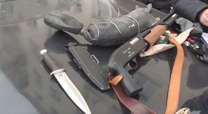 Огнестрельное и холодное оружие, изъятое в ходе операции