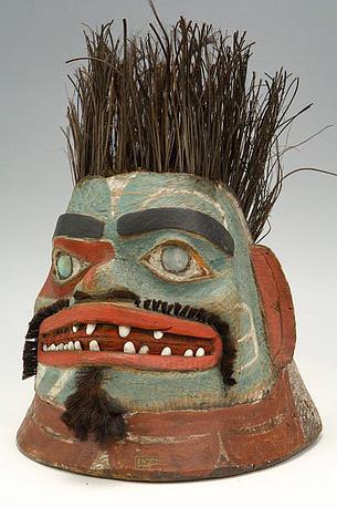 Деревянный боевой шлем. Аляска, о-в Ситха. Тлинкиты