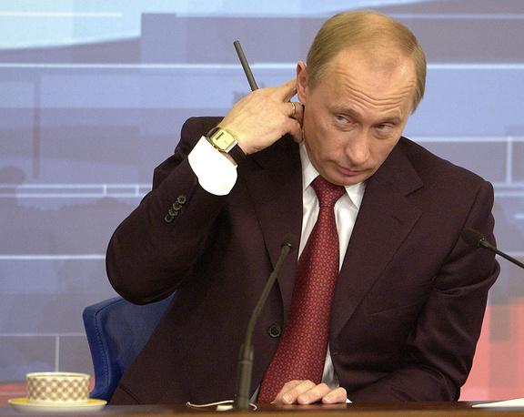 На четвертой пресс-конференции 23 декабря 2004 года вопросы касались укрупнения российских регионов, монетизации льгот, политики двойных стандартов, отношений России с Грузией и Абхазией