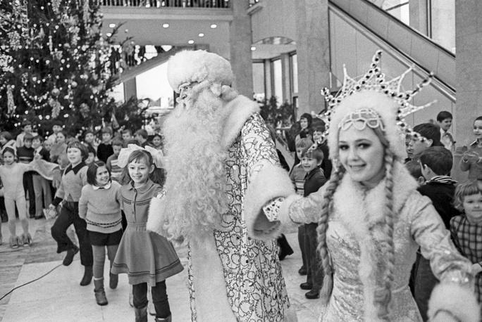 Новогодний хоровод в Кремлевском дворце съездов, Москва, 1977 год