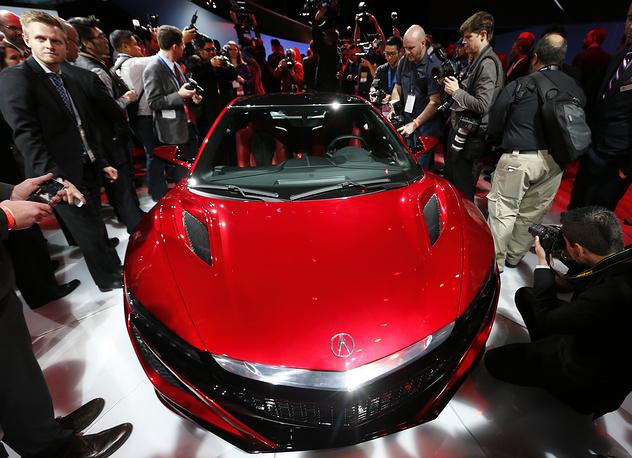 Автомобиль Acura NSX