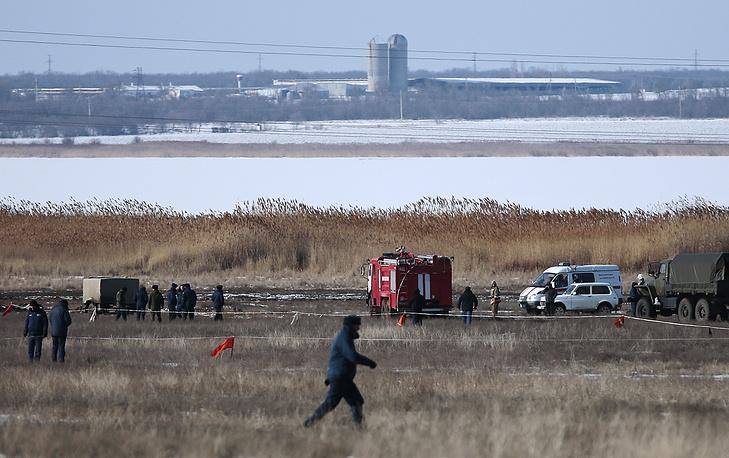 11 февраля в Волгоградской области потерпел крушение бомбардировщик Су-24. Оба члена экипажа погибли. Причины катастрофы устанавливает специальная комиссия Минобороны
