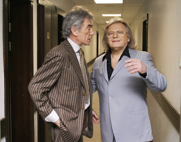 Телеведущий Юрий Николаев и певец и композитор Юрий Антонов, 2005 год