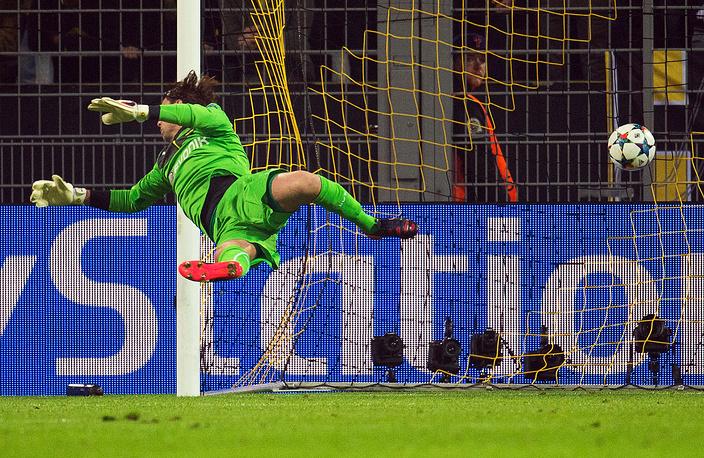 """В двух играх с """"Ювентусом"""" дортмундцы пропустили пять мячей (на один больше, чем в шести встречах группового этапа Лиги чемпионов)"""