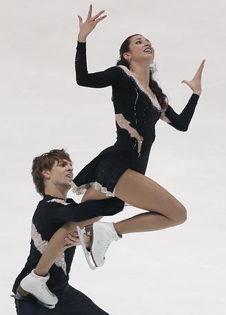 Ксения Монько и Кирилл Халявин заняли второе место на чемпионате России в постолимпийском Сочи. В сезоне-2014/15 в активе пары серебро на этапе Гран-при в Японии