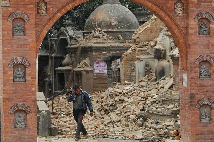 Комплекс разрушенных памятников на площади Дурбар в городе Бхактапур, расположенном к востоку от столицы Катманду