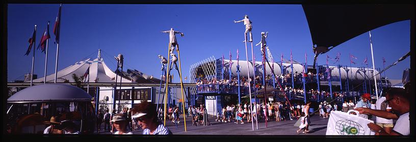 Третий период в истории Всемирных выставок, получивший название эпоха национального брендинга, начался в 1988 году на Expo в Брисбене (Австралия). На фото: Expo в Брисбене