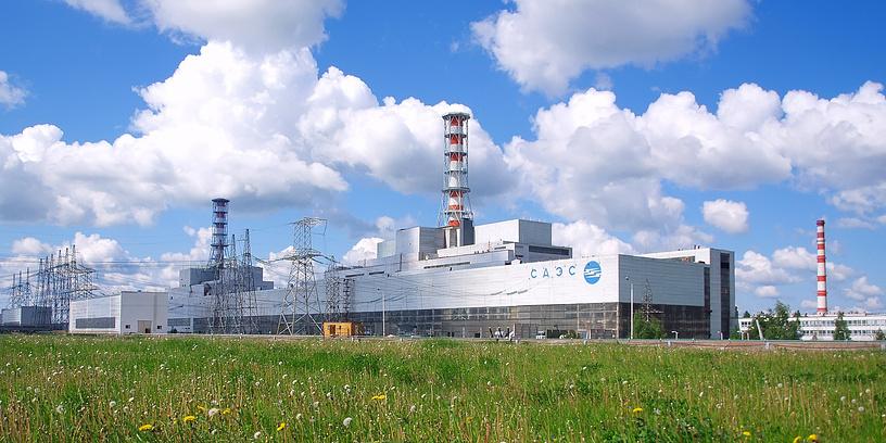 Смоленская АЭС близ г. Десногорск Смоленской области запущена в 1982 г. Имеет 3 энергоблока мощностью 1 тыс. МВт каждый