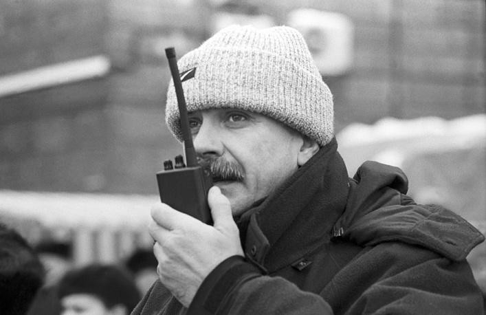 """Михалков на съемочной площадке фильма """"Сибирский цирюльник"""" в Ярославле, 1997 год"""